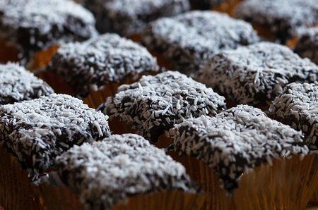 Biscotti alla ricotta cacao e cocco