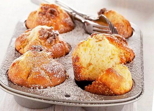 Muffin di mele yogurt e noci