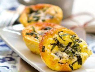 Tartellette con spinaci