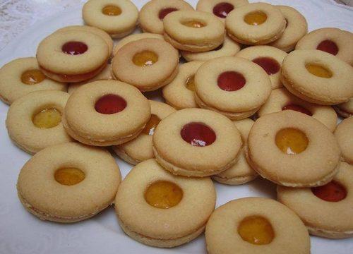Biscotti occhi di bue alla marmellata