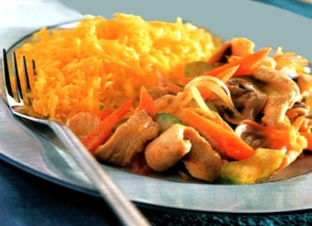Riso e petti di pollo al curry