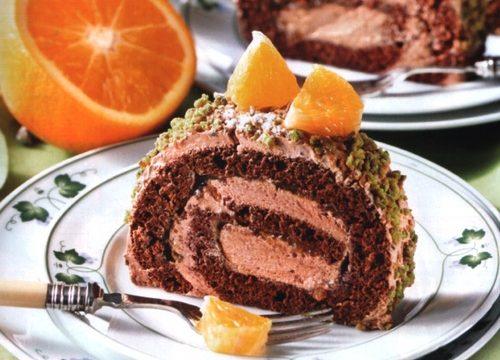Rotolo con confettura di arance e crema al cioccolato