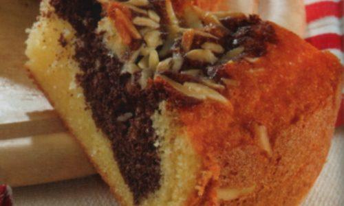 Torta facile marmorizzata alle mandorle