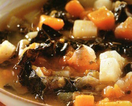 Zuppa di zucca e cavolo nero