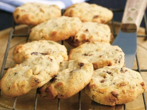 Biscotti al miele e noci