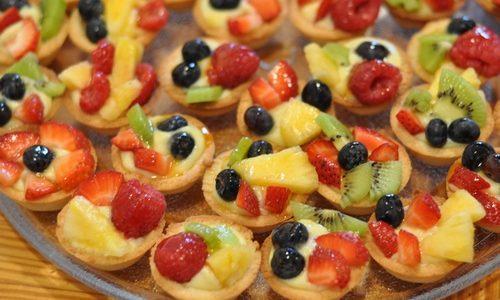 Tartellette alla crema pasticcera e frutta