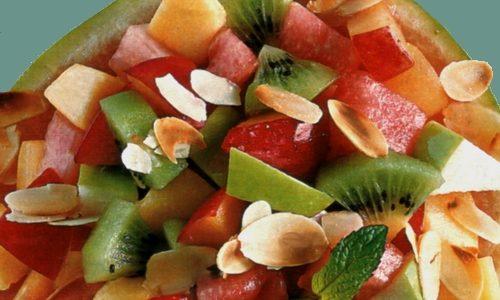 Macedonia di anguria e frutta mista