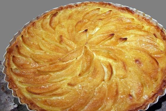 Crostata di mele alla crema pasticcera