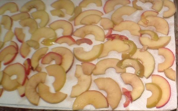 Roselline di pasta sfoglia alle mele4