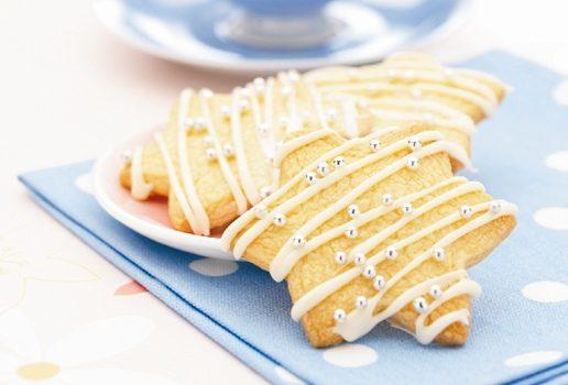 Biscotti stelline di pasta frolla