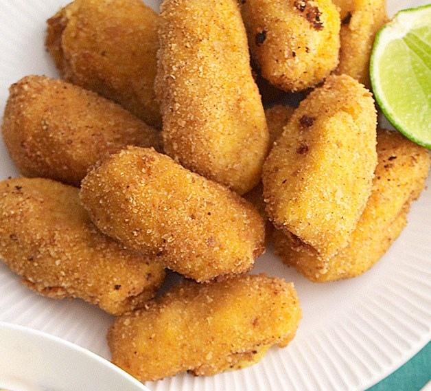 Crocchette di baccalà e patate ai pinoli
