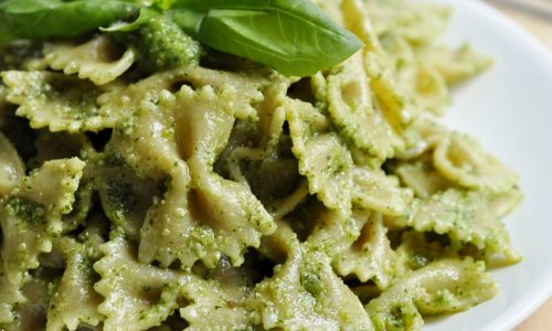 Farfalle al pesto di zucchine light