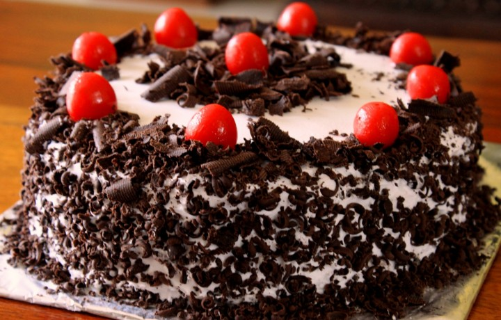 Herman Black Cakes