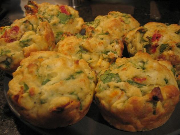 Muffin salati agli asparagi al lievito istantaneo