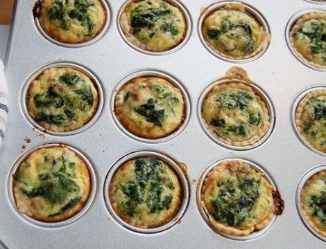 Muffin salati al lievito istantaneo agli spinaci
