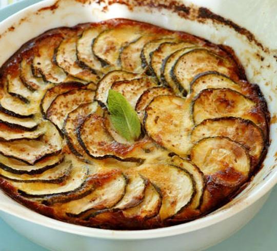 Zucchine gratinate con mozzarella prosciutto cotto pomodori 1