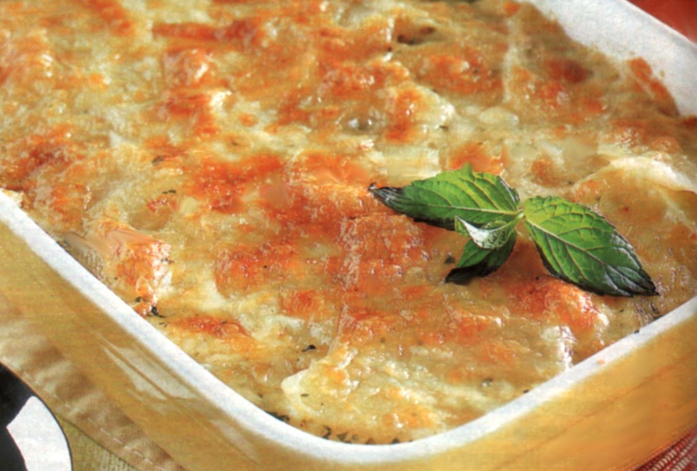 Millefoglie di patate con scamorza e erbe aromatiche