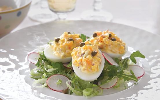 Uova farcite con capperi maionese e tonno