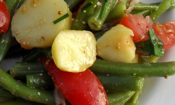 Insalata di patate novelle pomodori e fagiolini