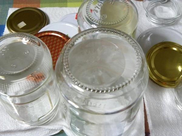 Guida su come sterilizzare i vasi per le conserve1