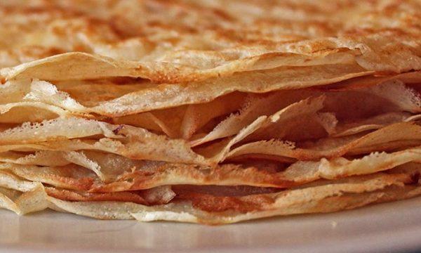 Crepes al forno al sugo di pomodoro e emmental