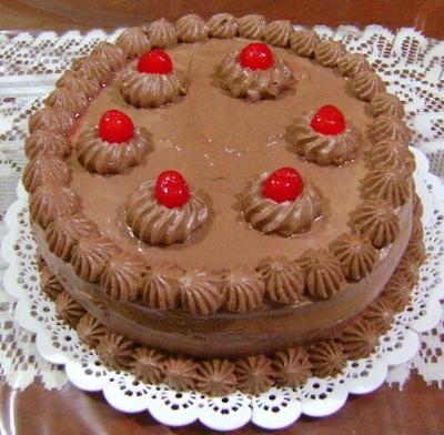 torta-farcita-alla-crema-di-torrone-croccante-e-cioccolato