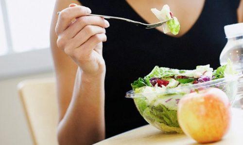 I cibi dietetici che ingannano la fame notturna