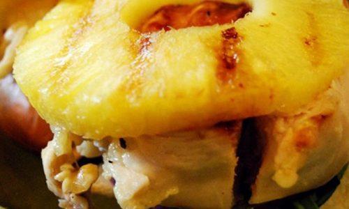 Petti di pollo in cartoccio al limone e ananas