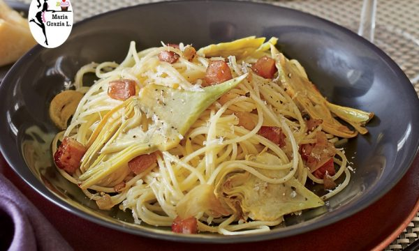 Spaghetti ai carciofi e speck