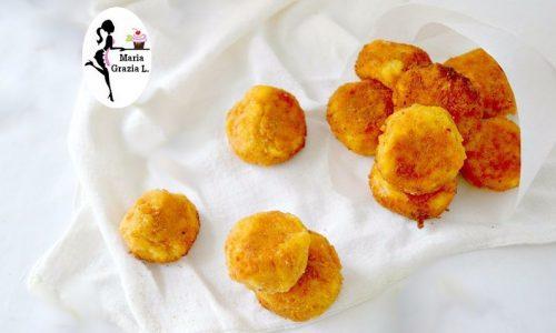 Crocchette di salmone e patate cotte in forno