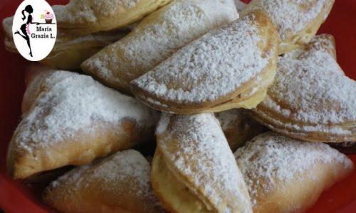 Panzerotti siciliani alla ricotta e cioccolato
