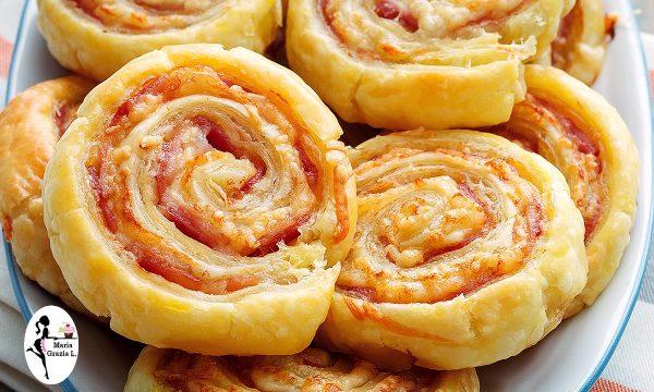 Rotolini di pasta al pomodoro e pancetta