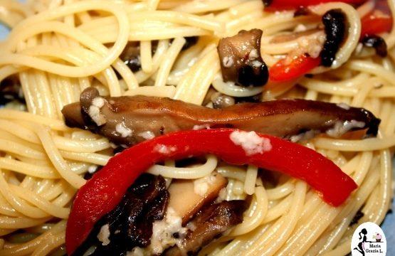 Spaghetti alle sarde e champignon