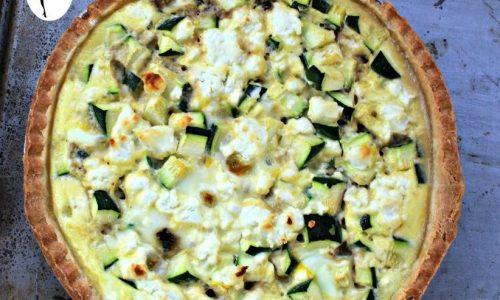 Crostata salata con salsiccia e zucchine