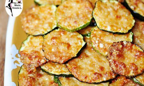 Parmigiana di zucchine pomodoro e mozzarella