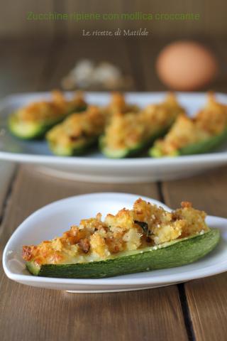 zucchine ripiene con mollica croccante