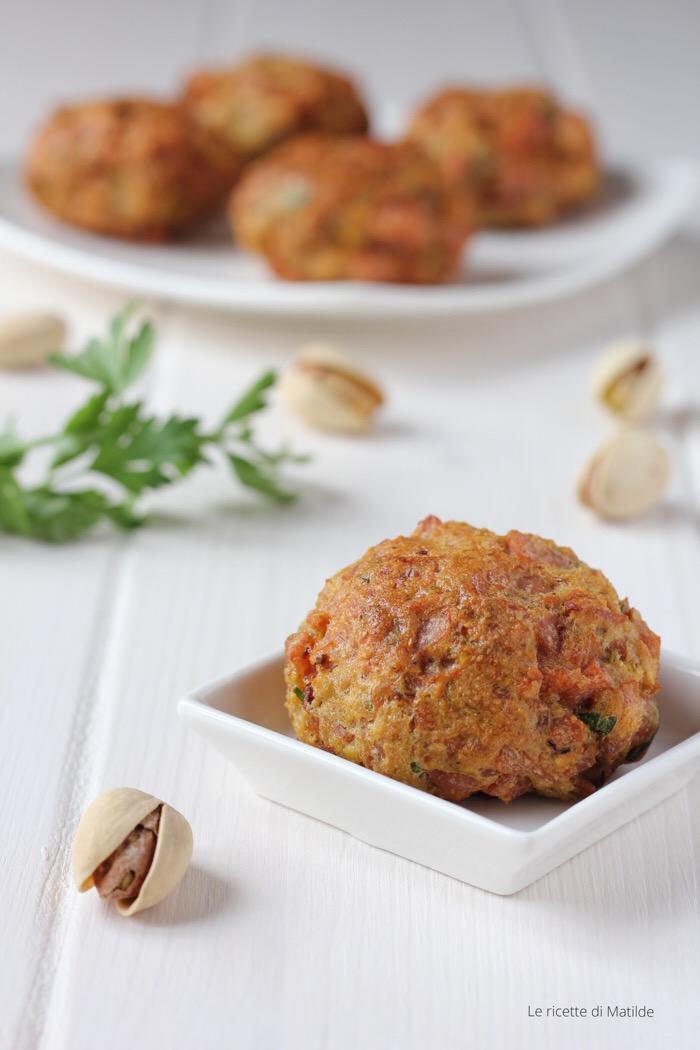 Crocchette di mortadella e pistacchi