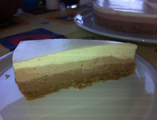 Cheesecake ai tre cioccolati.