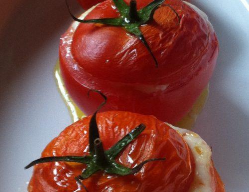 Pomodori ripieni di caprino ValPalot