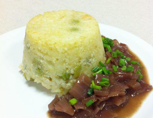 Sformatino di riso con salsa alla cipolla