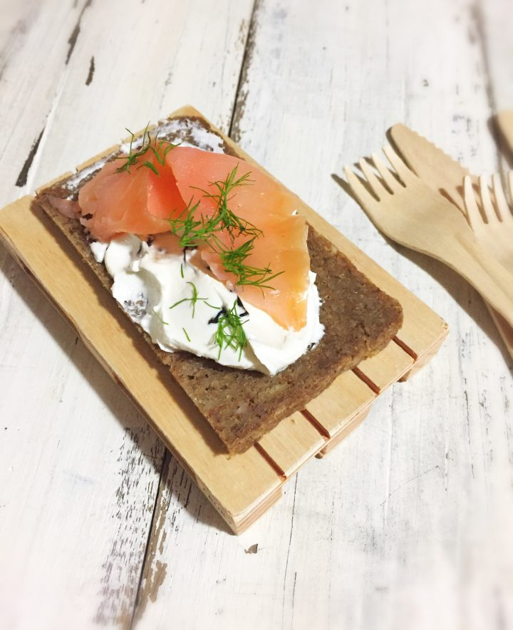 Crostine danesi al salmone