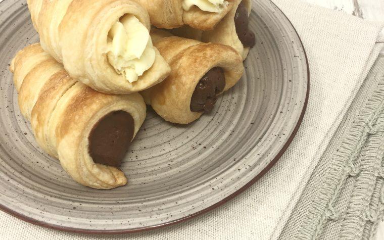Cannoli di sfoglia con mousse al cioccolato