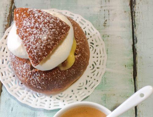 Selmor o panini svedesi di Carnevale