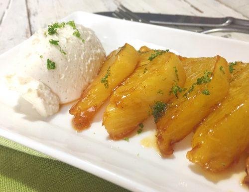 Ananas caramellato con crema al formaggio speziato