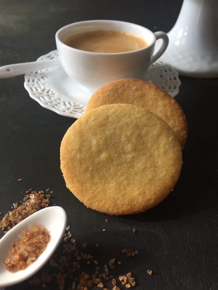Biscotti di polenta al limone
