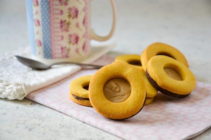 biscotti-occhi-di-bue