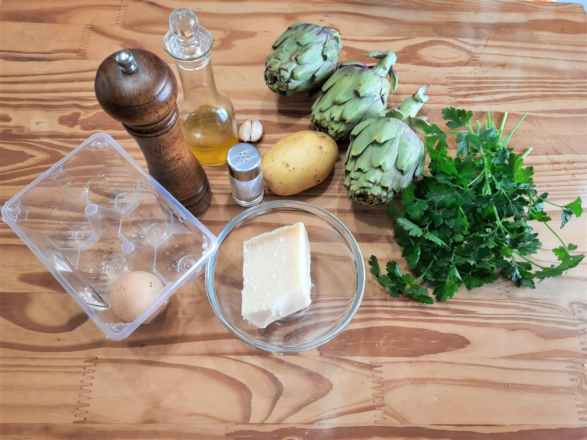 Gateau di carciofi e patate con prosciutto