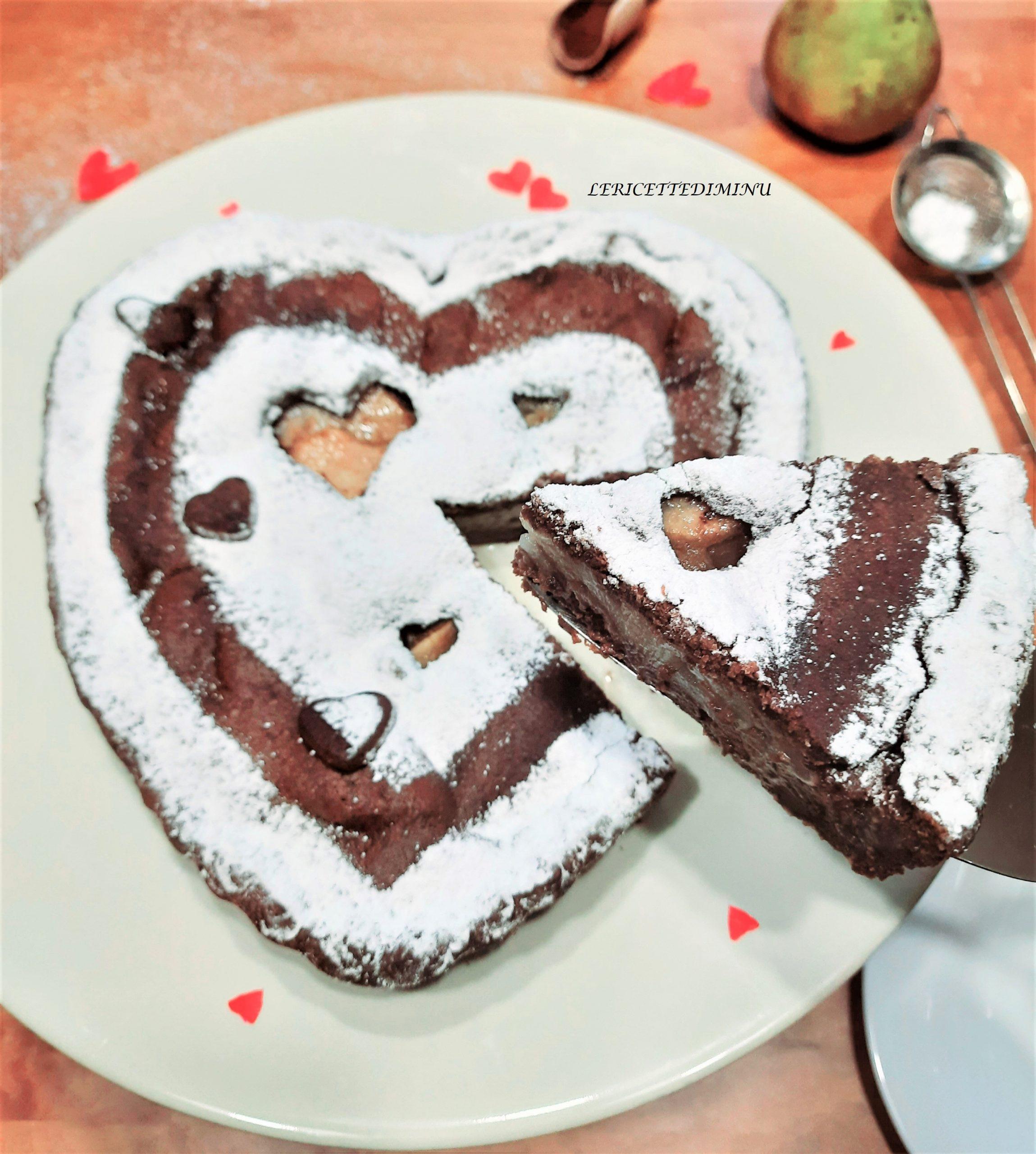 Crostata a cuore cioccolato e pere