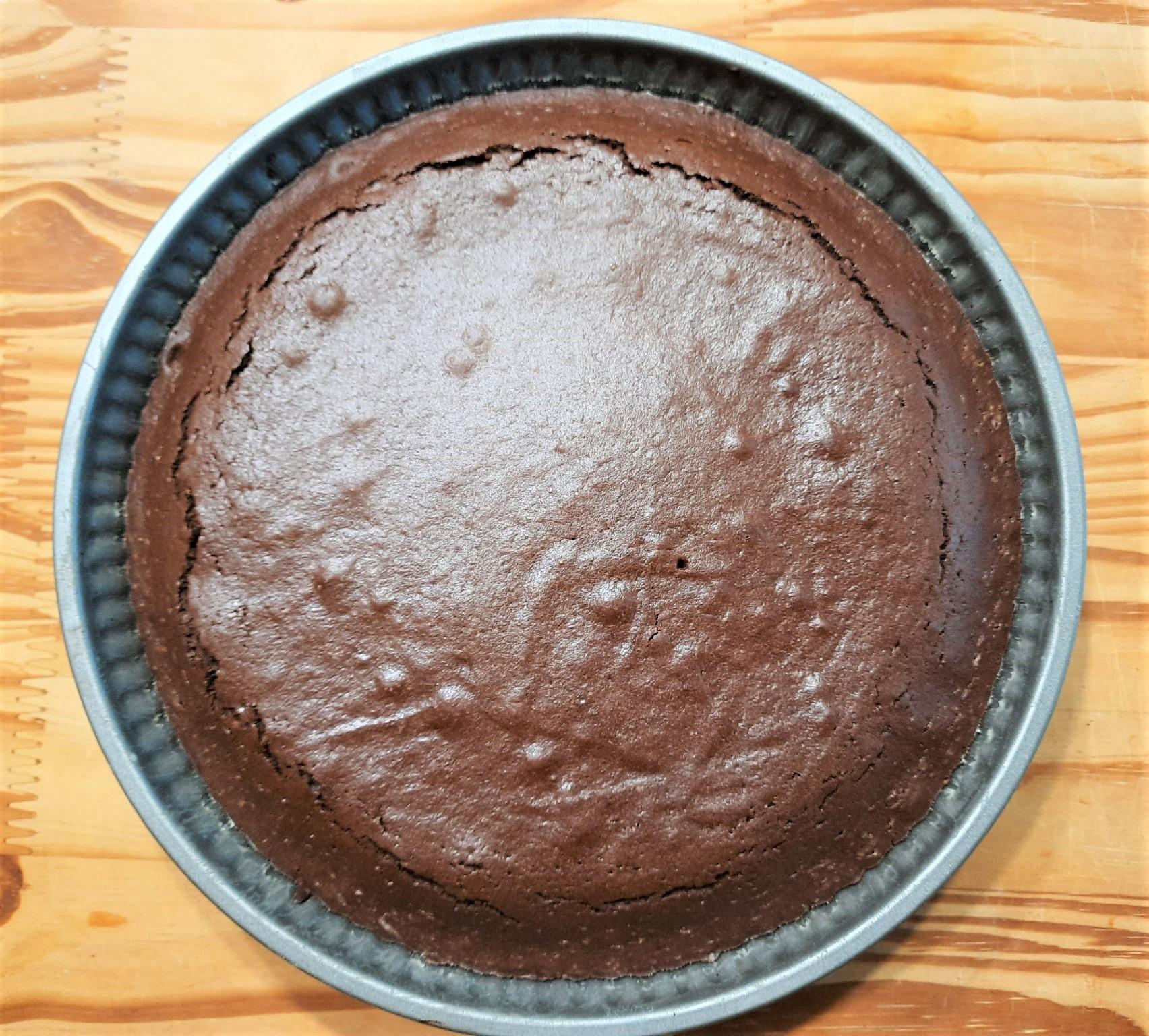 Crostata morbida cioccolato panna e fragole