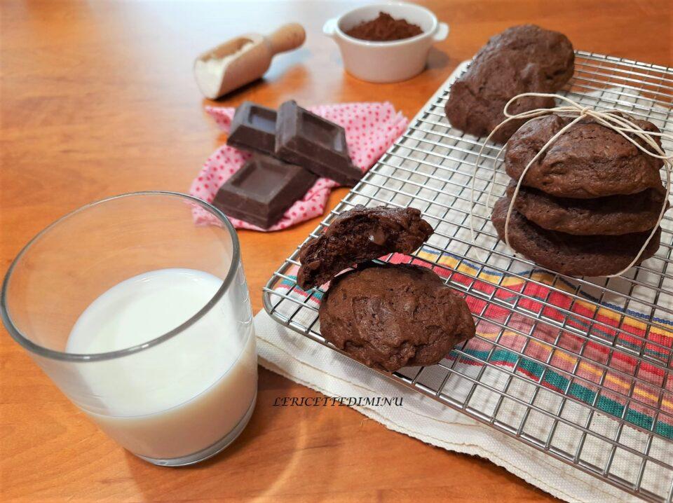 Cookies cacao e cioccolato fondente